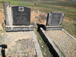 Western Cape, OUDTSHOORN district, Swartberg, Vinkenestrivier 35, Swartberg Private Game Lodge, Witfontein, farm cemetery